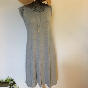 Simply styled size med cotton casual dress